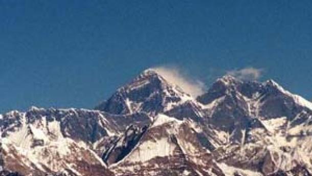 Franzosen und Nepalesen im Himalaya vermißt