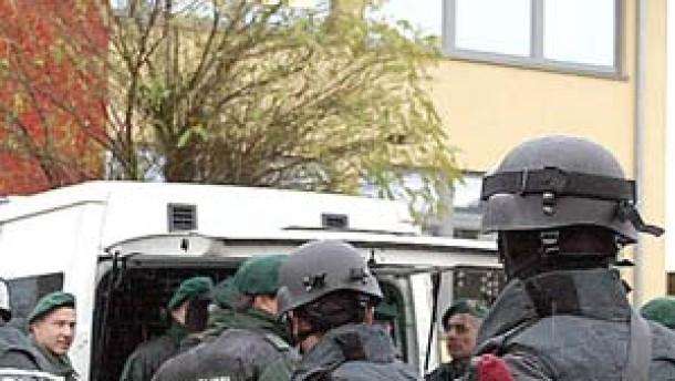 Trittbrettfahrer halten Polizei in Atem