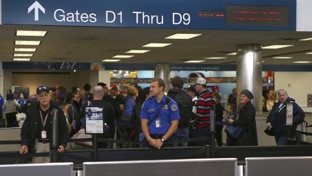 Sohn von Muhammad Ali an Flughafen festgehalten