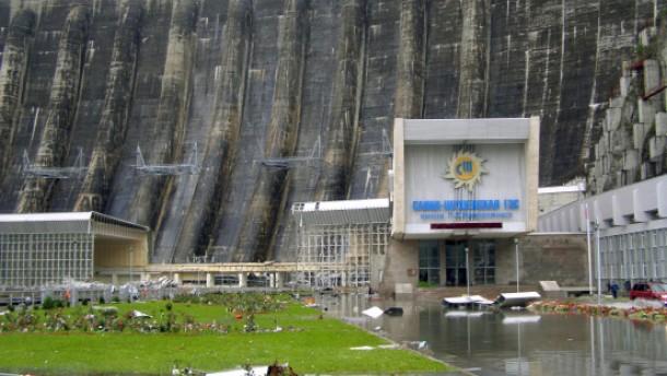 Rebellen prahlen mit Anschlag auf Kraftwerk