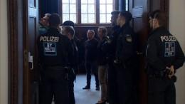 """Lebenslange Haft für """"Reichsbürger"""""""