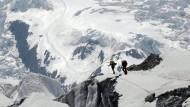 Mehr als 30 Tote durch Schneesturm