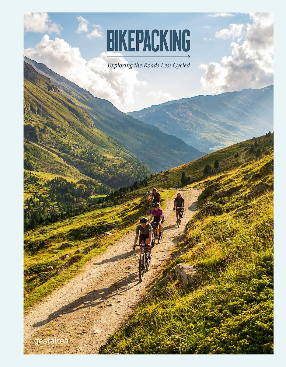 """""""Bikepacking"""" von Stefan Amato und Tom Hill ist im gestalten Verlag erschienen, 288 Seiten, 39,90 Euro."""