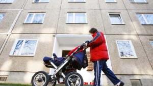 Kinderwagen dürfen im Flur stehen, Kinder im Hof spielen