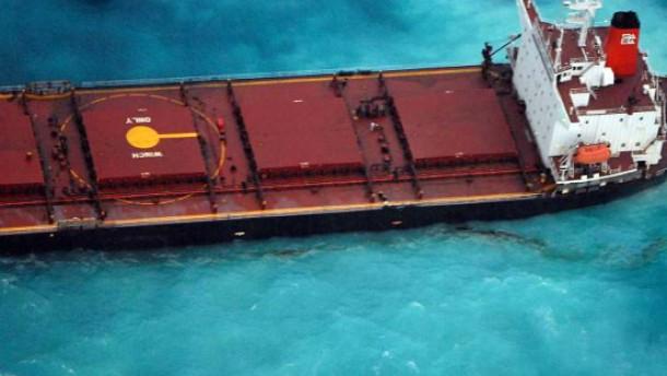 Dem Great Barrier Reef droht eine Ölpest