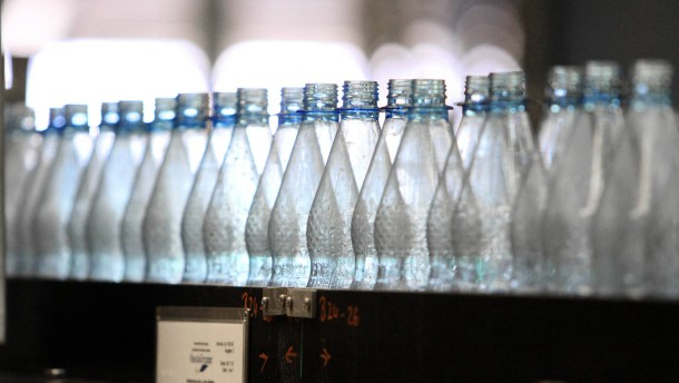 Natürliches Mineralwasser muss nicht absolut rein sein
