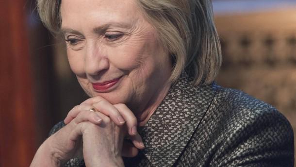 Regierung veröffentlicht erste Clinton-Mails