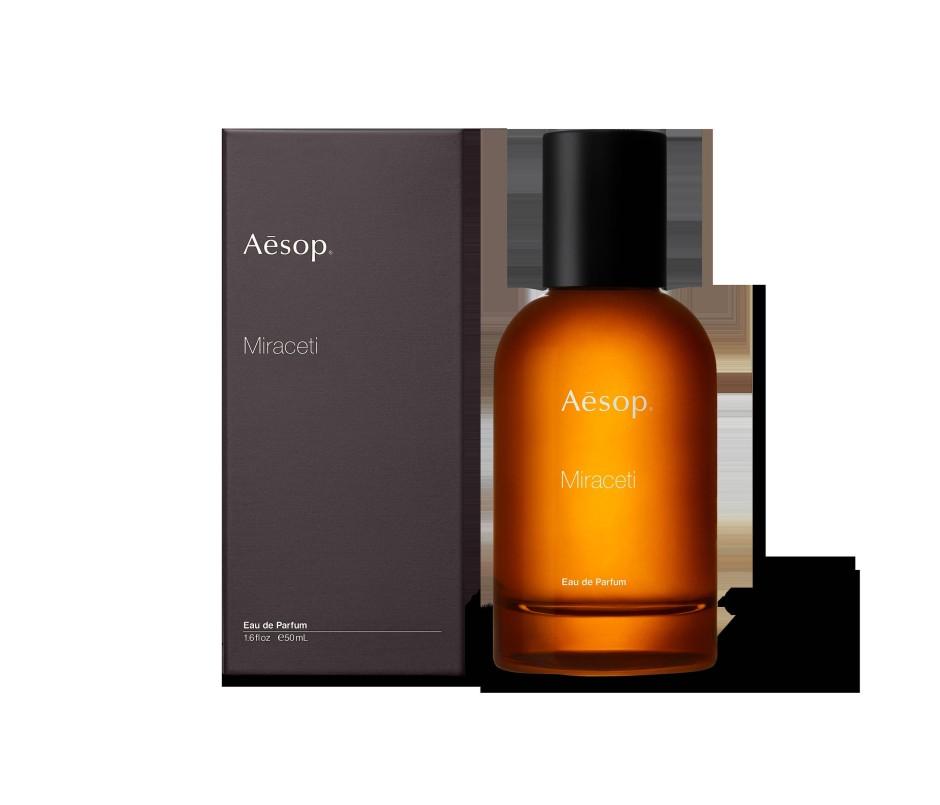 """Hommage an das Meer bei Nacht und einen Whisky unter Deck: Duft """"Miraceti"""" von Aesop, 50 ml um 160 Euro"""