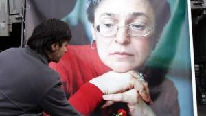 Straflager für Täter im Politkowskaja-Mordfall