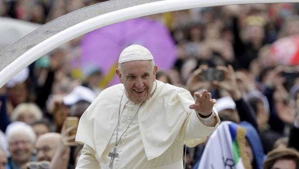 Papst empfängt Vater von todkrankem Jungen