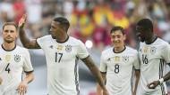 Deutsche Nationalspieler: Benedikt Höwedes, Jerome Boateng, Mesut Özil und Antonio Rüdiger (von links nach rechts) bei einem Freundschaftsspiel gegen Ungarn