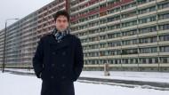 Doktorand Felix Ringel betreibt Feldforschung in und zwischen Plattenbauten