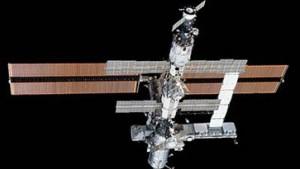 2003 fliegen drei europäische Astronauten zur ISS