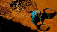 Goldsucher im brasilianischen Amazonasgebiet (Archivbild)