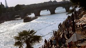 Paris liegt am Strand