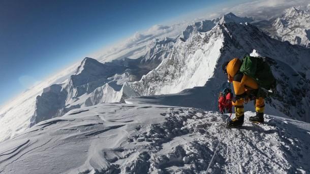 Brite und Ire sterben auf höchstem Berg der Welt