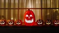 Kommerzielle Horrorshow: Der Einzelhandel explodiert förmlich rund um Halloween. Ganz vorne dabei: Kürbisse