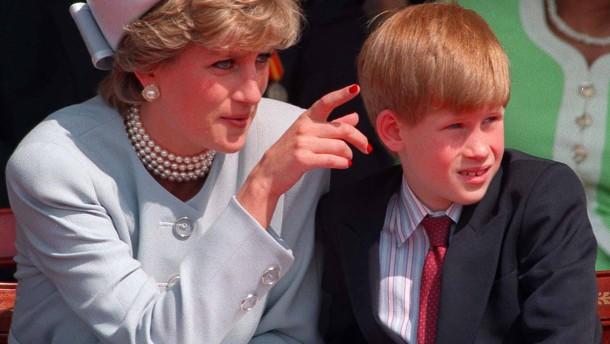 Prinz Harry: Dianas Tod hat ein Loch hinterlassen
