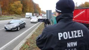 Gesetz soll Fotografieren von Unfall-Toten unter Strafe stellen