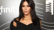 Am 3. Oktober 2016 wurde Kim Kardashian in Paris brutal überfallen und ausgeraubt.