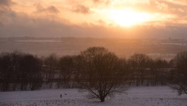 Bittere Kälte in Deutschland nach der Ostsee-Sturmflut