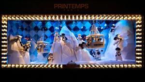 Paris lässt die Puppen tanzen