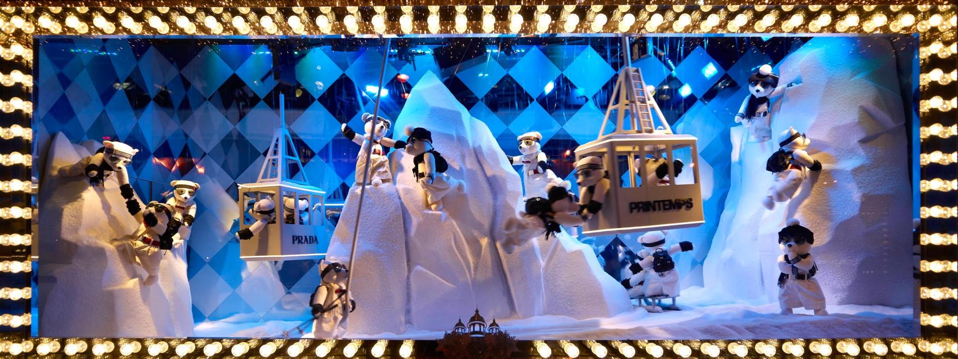 Christbaumkugeln Pappmache.Paris Lässt Die Puppen Tanzen
