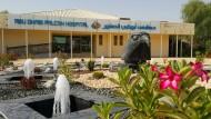 Im Zeichen des Falken: Das Abu Dhabi Falcon Hospital ist genauso gut ausgestattet wie ein Krankenhaus für menschliche Patienten.