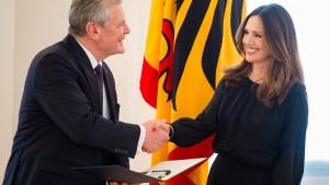 Gauck fordert zum Weltfrauentag mehr Einsatz