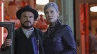 """Jack Black und Cate Blanchett spielen gemeinsam im Film """"Das Haus der geheimnisvollen Uhren""""."""