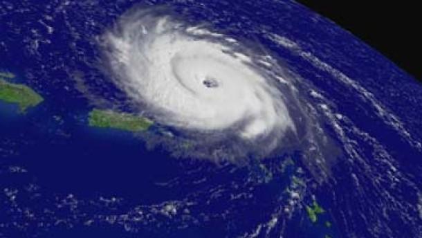 """Frances"" kommt: Florida ruft den Notstand aus"
