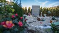 Eine Gedenkstätte für die Opfer im März 2016 im französischen Le Vernet – in Deutschland wird wegen des Flugzeugabsturzes nicht mehr ermittelt.