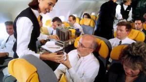 Pilot lässt randalierende Reisegruppe am Flughafen zurück