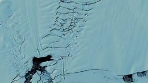 25 Kilometer-Spalte im Pine-Island Gletscher