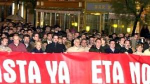 ETA macht Terror-Drohungen gegen Ferienorte wahr