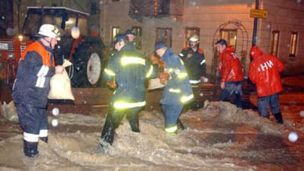 Katastrophenalarm nach Regenflut in Süddeutschland