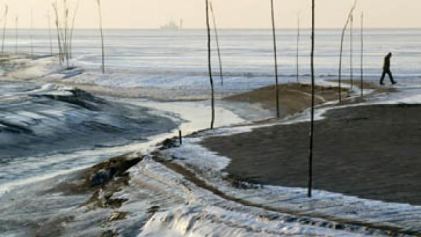 Unfälle wegen Eisregens und Blitzeises
