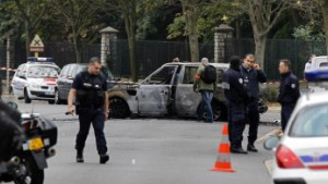 Gangster sprengen Tresor bei Paris