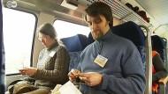 Gemeinsam in der Bahn stricken