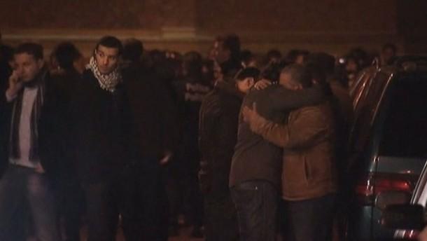 Ein Mann hatte am Montagabend einen Brandsatz durch das Fenster der Moschee geworfen.