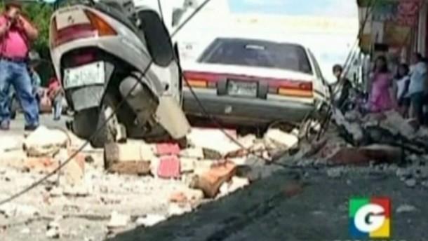 Ein schweres Erdbeben hat am Mittwoch in Guatemala Dutzende Opfer gefordert.