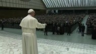 """Papst Franziskus hat für eine """"arme Kirche für die Armen"""" plädiert."""