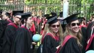 Hohe Uni-Schulden - aber kaum Jobs für US-Absolventen