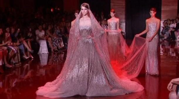 Haute couture schauen in paris pomp ser abschluss mode for Haute kuki und die markise