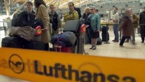 Fluggäste steigen um - Piloten schlafen aus