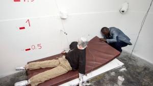 Neuer Brandversuch zum Tod von Oury Jalloh stößt auf Kritik
