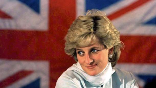 Wurde Lady Diana hinters Licht geführt?