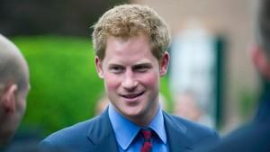 Unlautere Nachhilfe für Prinz Harry