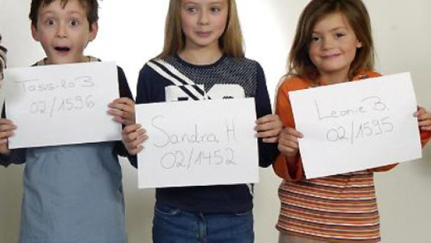 aktuell gesellschaft jugend schreibt kindermodel ihrem ersten shooting trug kira noch windeln