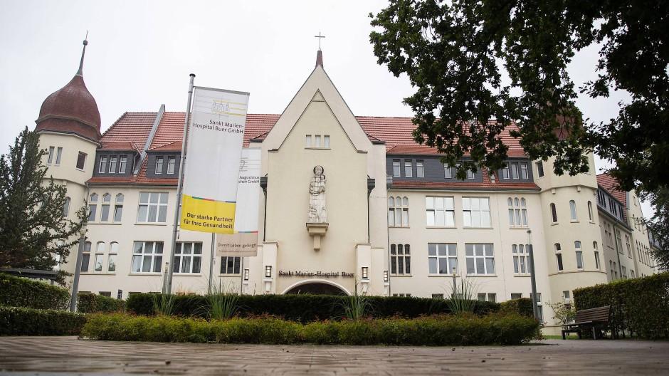 Am Sankt Marien-Hospital Buer hat es eine ungewöhnliche Häufung von Neugeborenen mit Handfehlbildung gegeben.